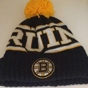 Boston Bruins hat